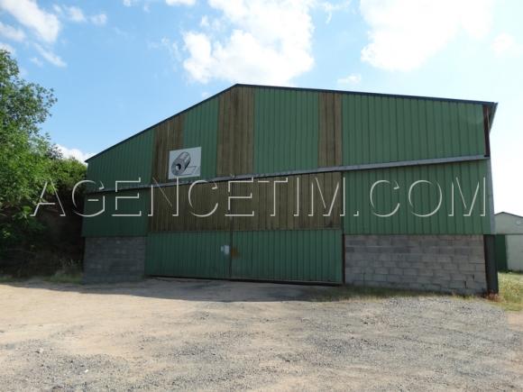 Agence TIM immobilier - à vendre - PIERRECLOS - local industriel