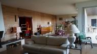 Un sejour salon avec cheminée de 63 m²