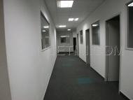 01004 - A Louer, Bureaux avec salle de réunion - Sancé
